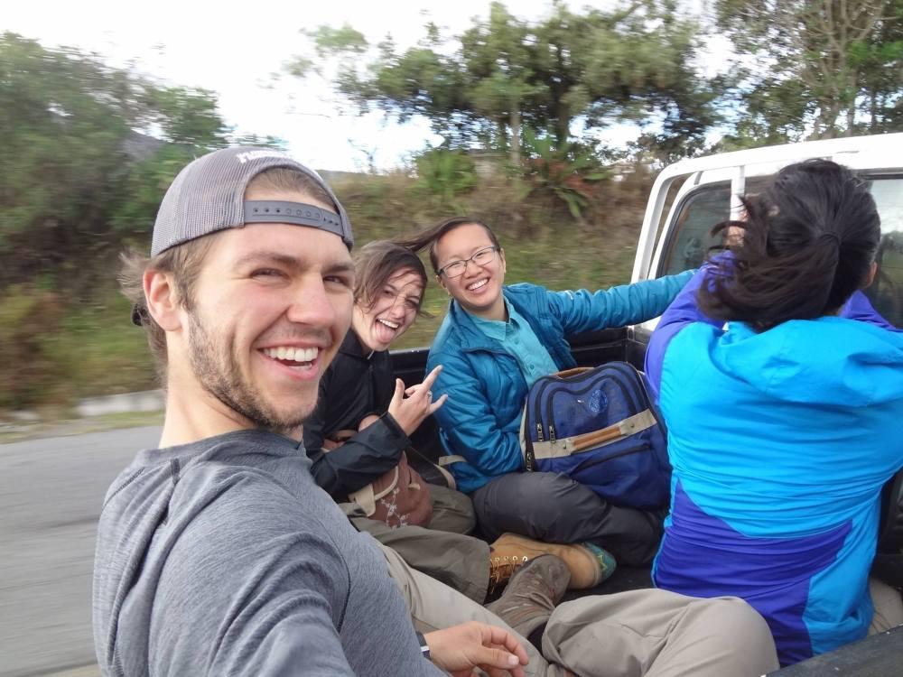 Hitchhiking round 1.